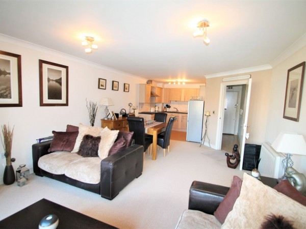 1 Bed Flat Flat/apartment For Sale - Lounge/Diner/Kitchen