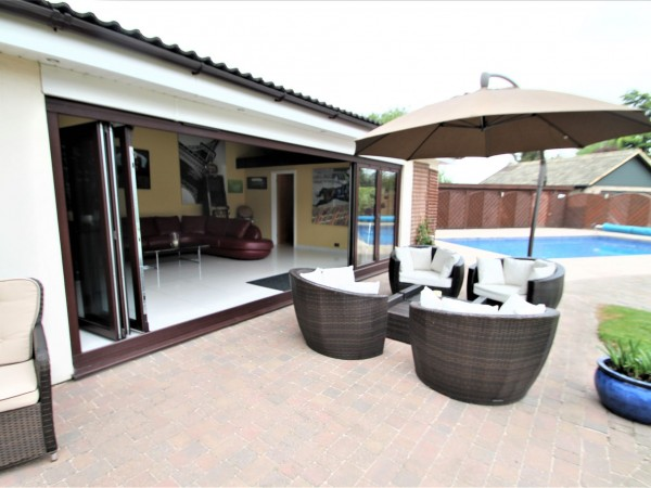 4 Bed Detached House For Sale - Summer House
