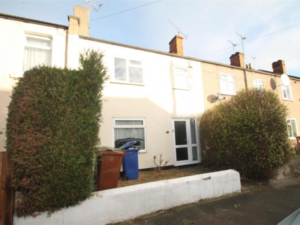 3 Bed Terraced House To Rent - kitchen