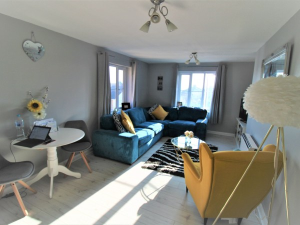 1 Bed Apartment Flat/apartment For Sale - Lounge