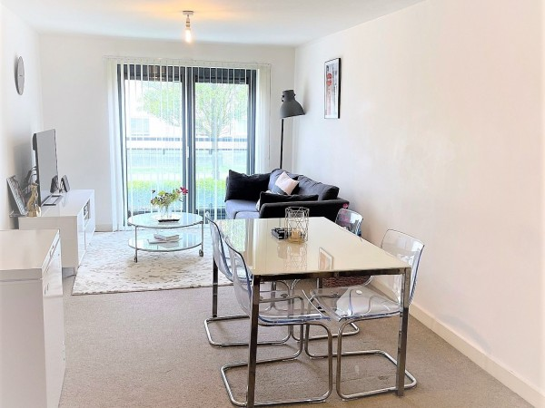 2 Bed Ground Floor Flat/apartment For Sale - Dining/Living Room