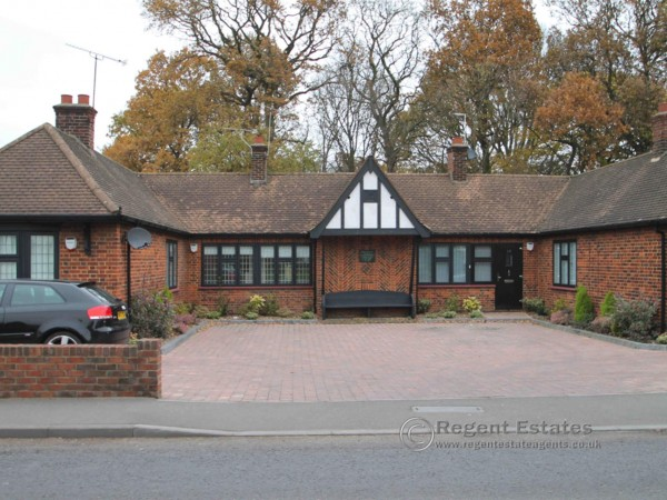 1 Bed Bungalow To Rent - Photo