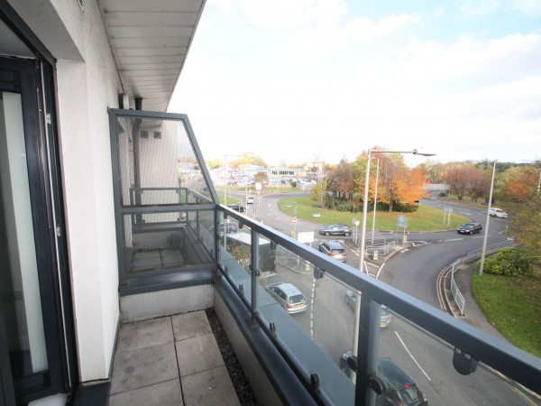1 Bed Flat Flat/apartment For Sale - Balcony