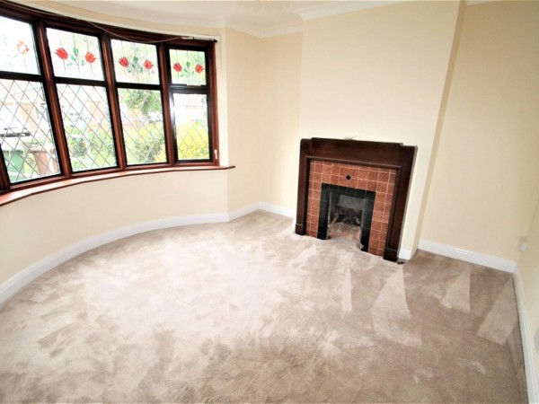 3 Bed Detached House To Rent - Photo