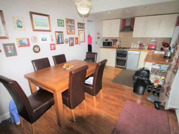 3 Bed Mid Terraced House For Sale - Main Image