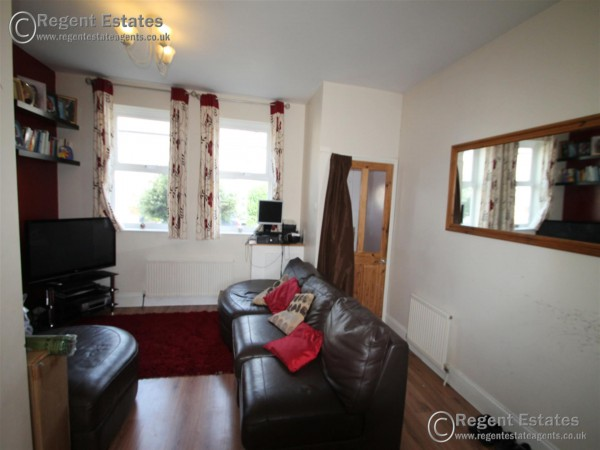 3 Bed End Terraced House To Rent - Photo