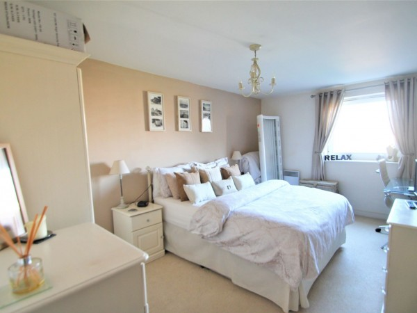 1 Bed Flat Flat/apartment For Sale - Master Bedroom
