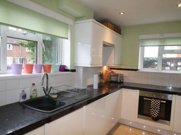 3 Bed Semi-detached House For Sale - Kitchen 1