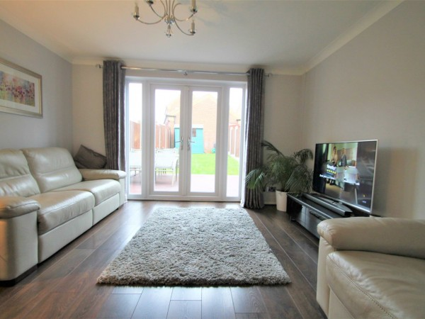 2 Bed Mid Terraced House For Sale - Lounge